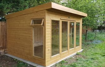 Milton Garden Studio 12ft x 10ft (3.6m x 3.0m) with optional double doors and Sadolin finish