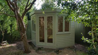 Cambridge Garden Corner Studio 8ft x 8ft (2.4m x 2.4m)